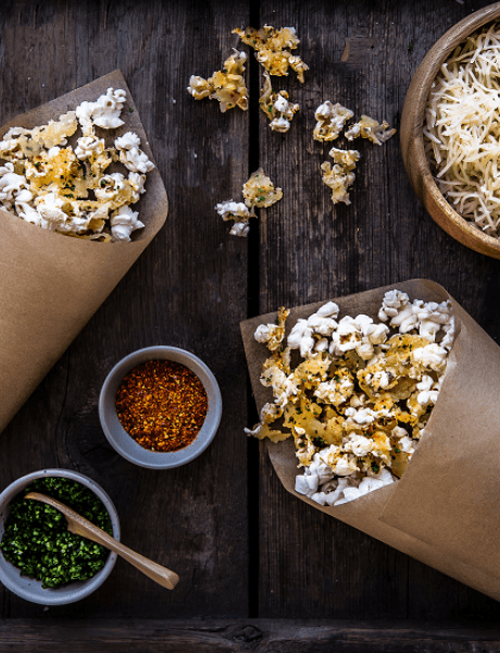 Entremont grated gruyère cheesy pop-corn